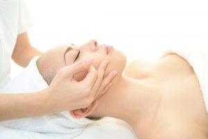 Natural Lift Facial Massage